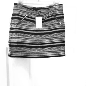 📢🖤 NWT H&M Mini Skirt